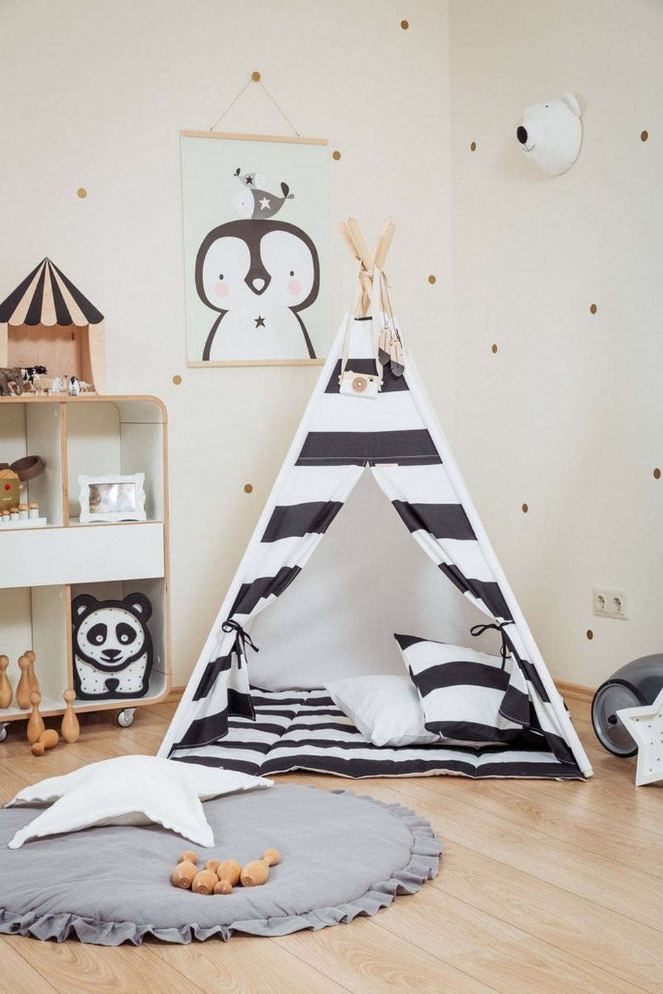 Monochrome Stripes Children's Teepee Set_2