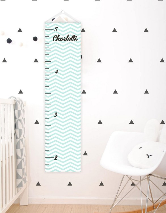 A perfect way to keep track of your little one's growth, the Aqua Chevron Personalised Baby Growth Chart will brighten up any child's bedroom as well as provide a fun way to measure height.