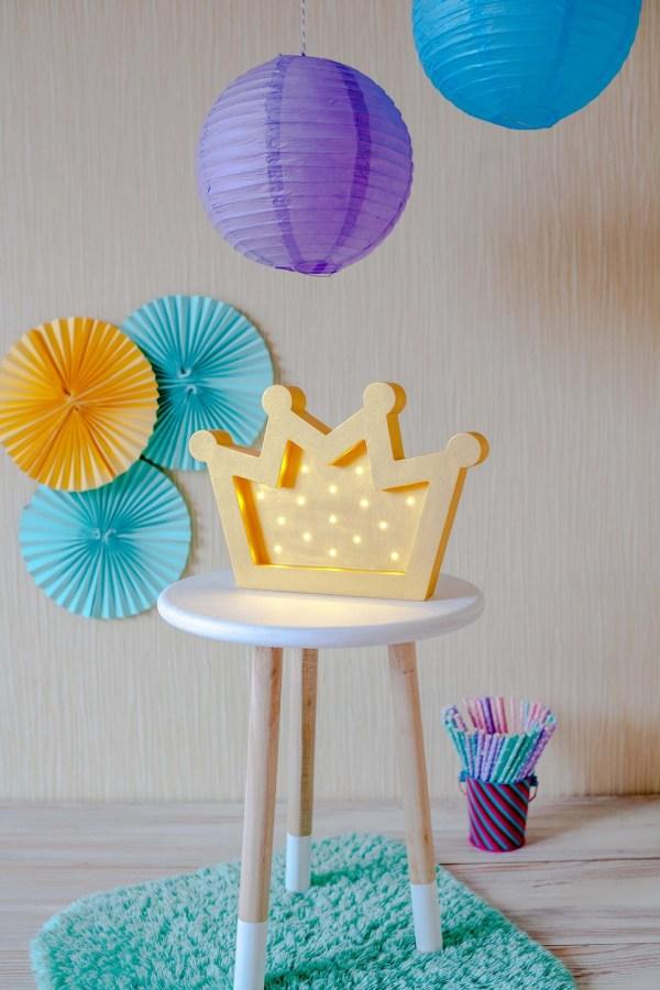 Crown Decorative Night Light – 1