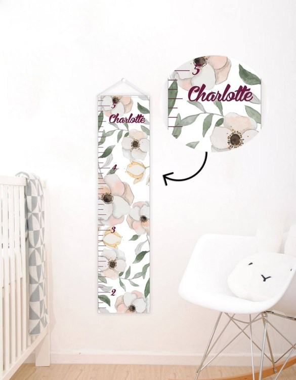 A perfect way to keep track of your little one's growth, the Floral Personalised Baby Growth Chart will brighten up any child's bedroom as well as provide a fun way to measure height.