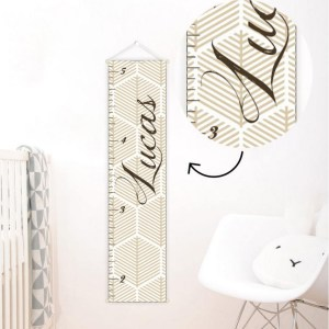 A perfect way to keep track of your little one's growth, the Neutral Personalised Baby Growth Chart will brighten up any child's bedroom as well as provide a fun way to measure height.