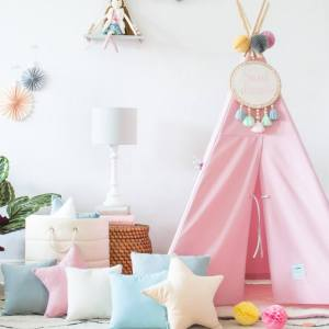 The perfect setting for imaginative play, the Classic Pink Children's Teepee is as good to look at as to play in. It can easily be used inside your home or in the garden as well as on the terrace.