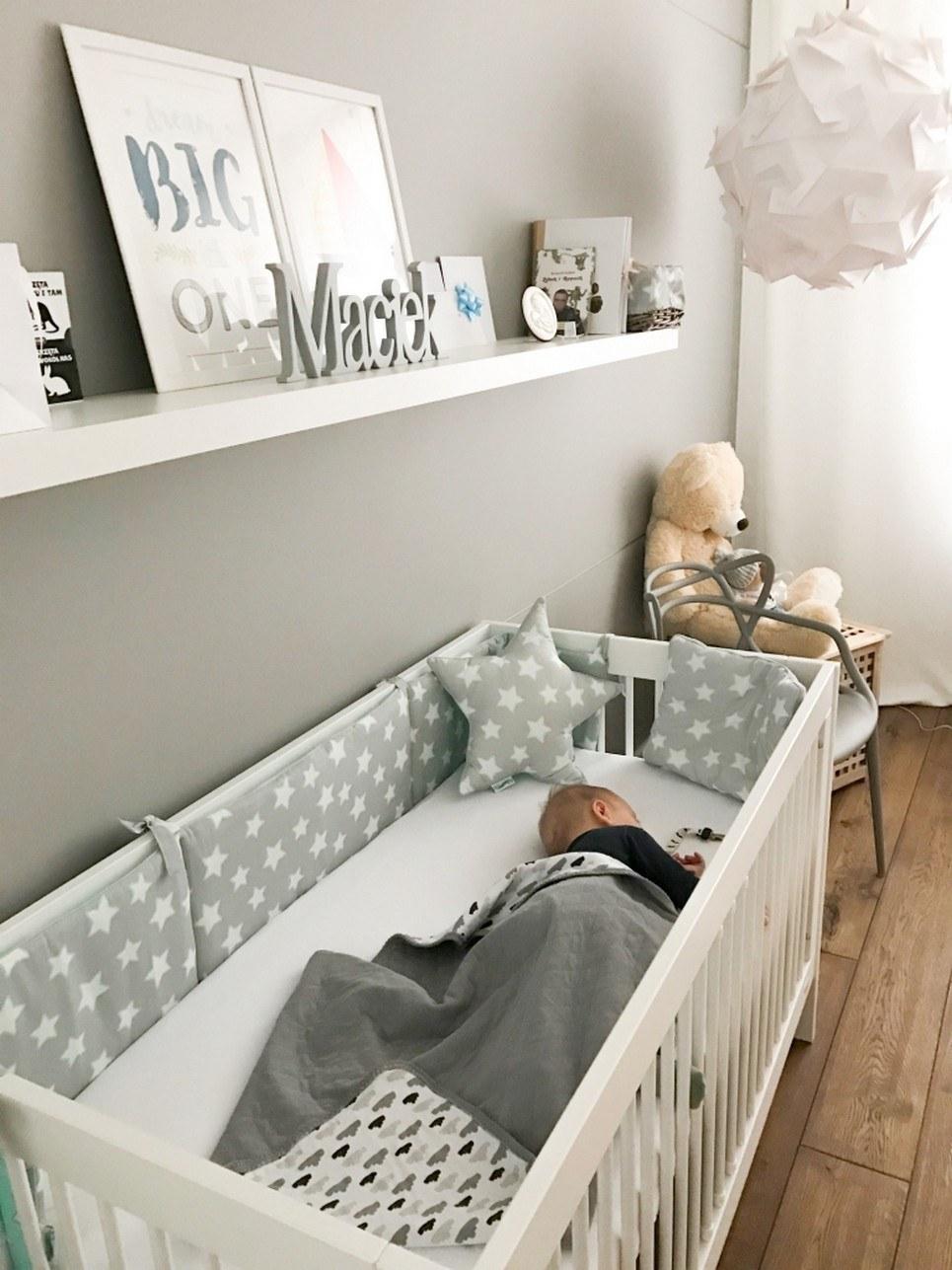 Mint & Grey Stars Crib Bumper