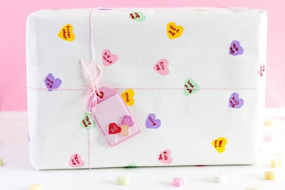 Diy Wrapping Paper And Fabric Ideas For Valentine S Day Holidays