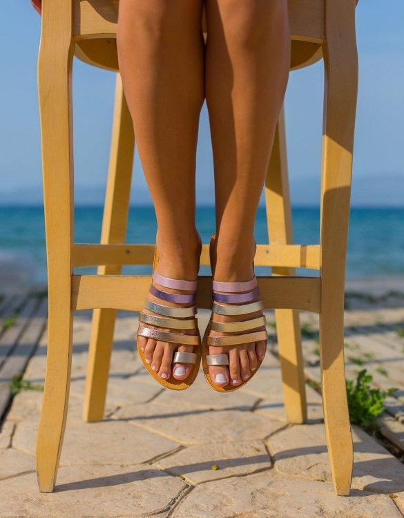 Just what every summer wardrobe needs, the Iris Greek Leather Sandal is every woman's dream pair, super comfy and elegant, and easily combined with any outfit.