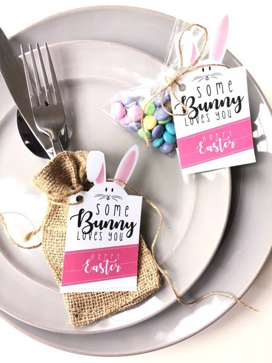 Easter is coming, and it's time to think over organizing a cool Easter lunch or dinner for your friends and family.