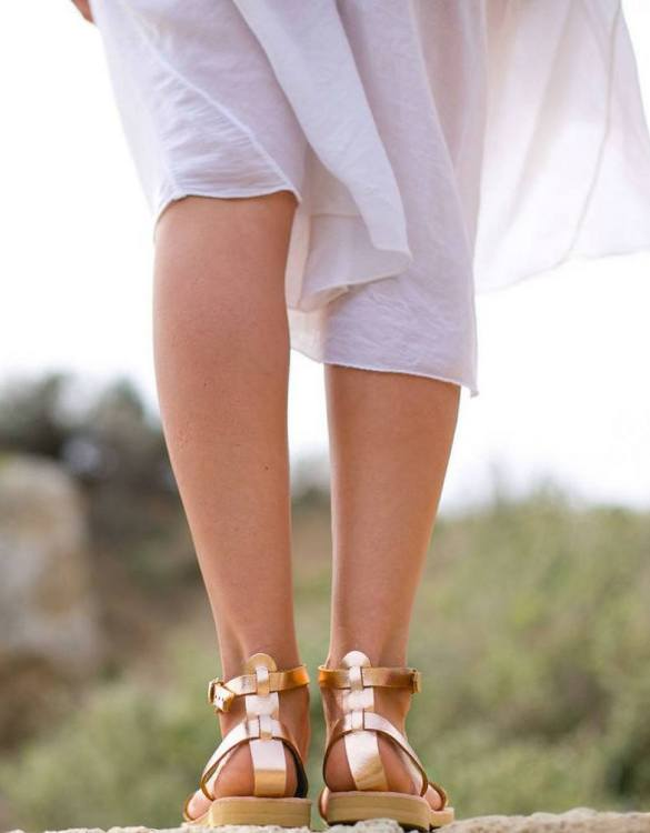 Just what every summer wardrobe needs, the Erato Rose Gold Greek Leather Sandal is every woman's dream pair, super comfy and elegant, and easily combined with any outfit.