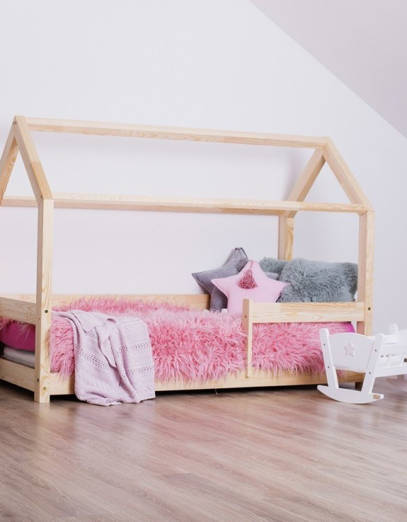 Turn bedtime into a magical adventure with this charming little bed house. The Kids Bed House Milla MB is an elegant wooden bed designed to become the focal point of your bedroom. An amazing place for children where they can sleep and play.