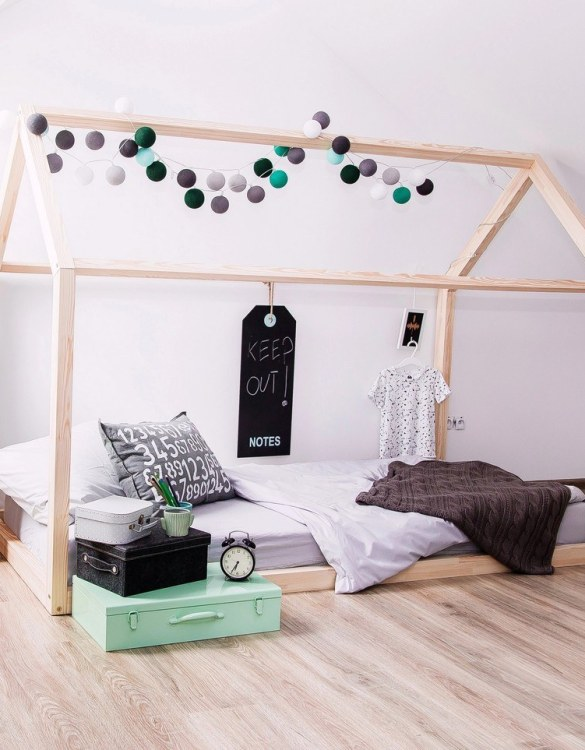 Turn bedtime into a magical adventure with this charming little bed house. The Kids Bed House Milla NM is an elegant wooden bed designed to become the focal point of your bedroom. An amazing place for children where they can sleep and play.