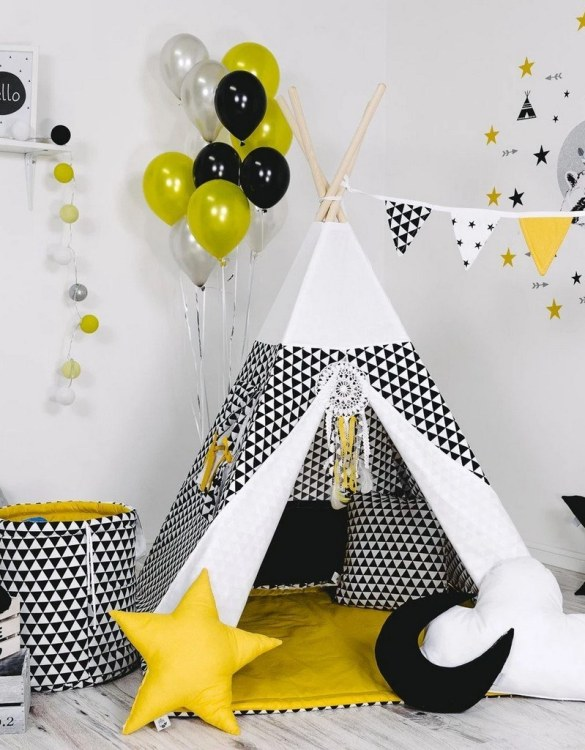 Give your little one the space they need to let their imagination flow with the Child's Teepee Set Iconic Sunshine. This handcrafted children's teepee tent is a versatile play space which is as beautiful as it is fun.