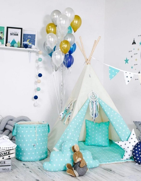 Give your little one the space they need to let their imagination flow with the Child's Teepee Set Pale Green Sky. This handcrafted children's teepee tent is a versatile play space which is as beautiful as it is fun.