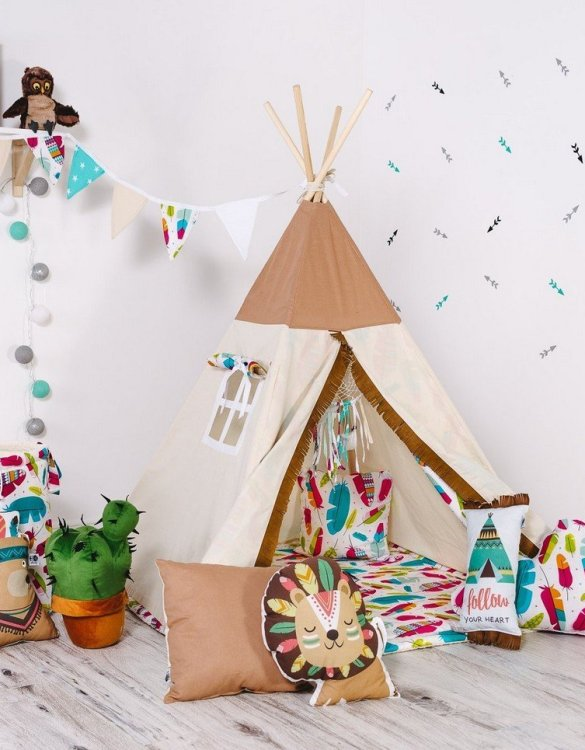 Give your little one the space they need to let their imagination flow with the Child's Teepee Set Pocahontas. This handcrafted children's teepee tent is a versatile play space which is as beautiful as it is fun.