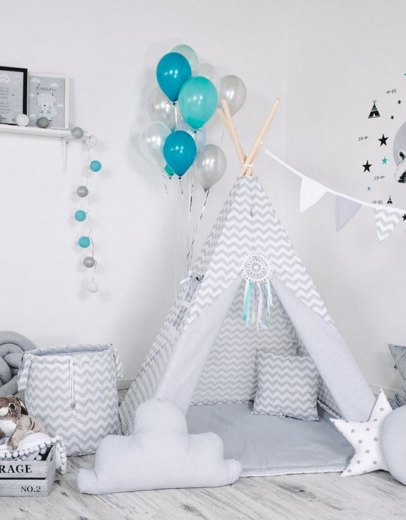Give your little one the space they need to let their imagination flow with the Child's Teepee Set Steely Waves. This handcrafted children's teepee tent is a versatile play space which is as beautiful as it is fun.