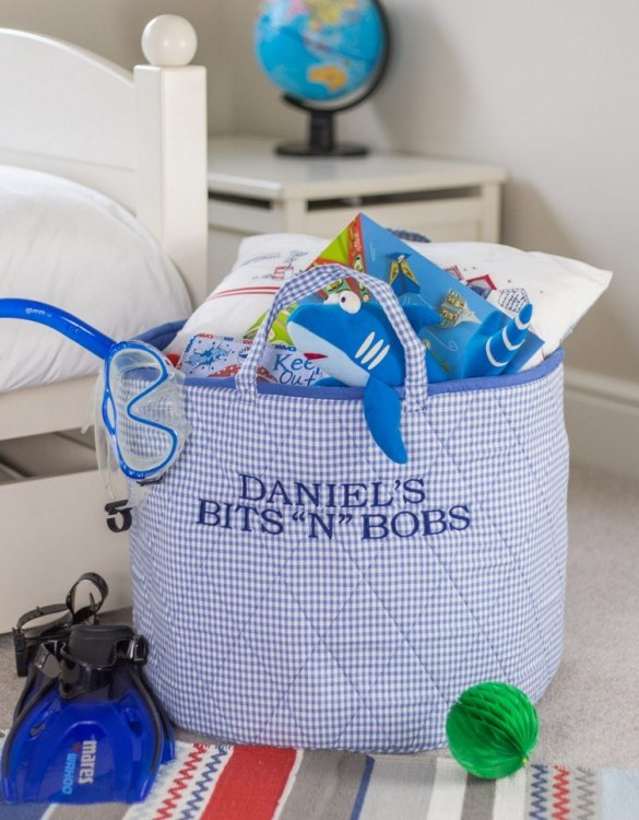 A practical home accessory for a child's bedroom, the Blue Gingham Toy Storage Basket is the perfect storage solution for keeping those runaway toys, books, shoes or laundry at bay.