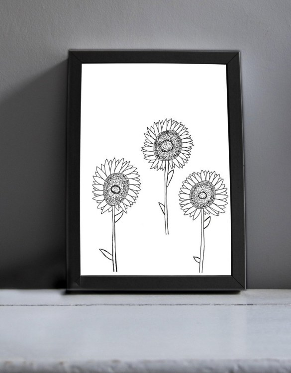Brighten up your home with the Flower Power Modern Art Print. Amaze a little 'super hero' with this fabulous modern art print, lovingly made just for him.