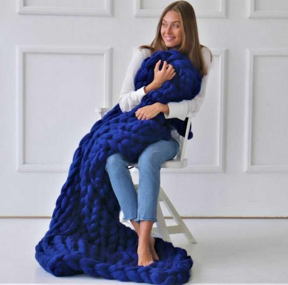 Royal Blue Chunky Knit Blanket – 3