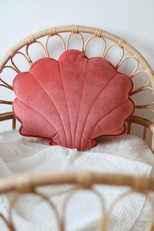 Coral Big Velvet Shell Cushion