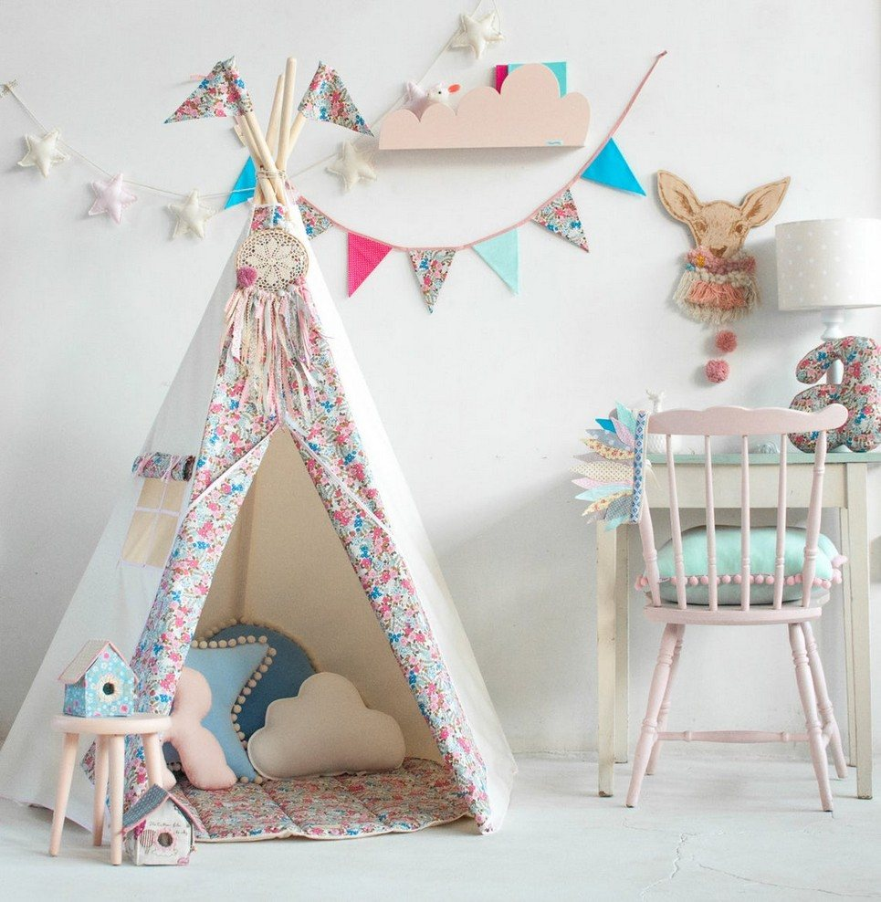 Forget Me Not Pennant Garland