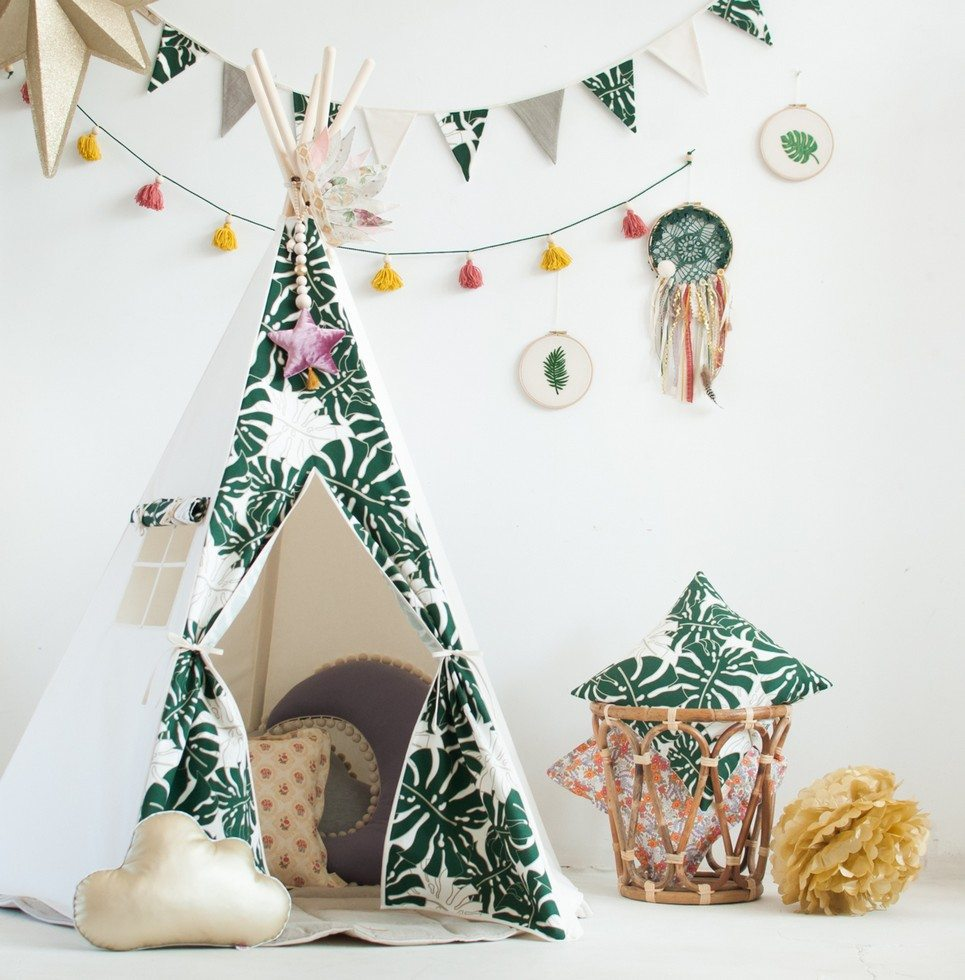 Green Leaves Children's Play Teepee
