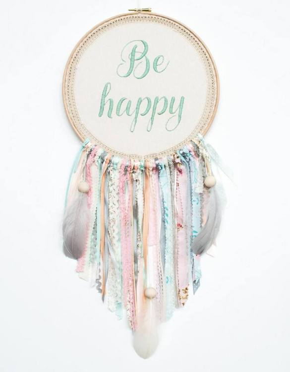 Perfect for a nursery or child's bedroom, the Mint Be Happy Handmade Dream Catcher looks great as a new baby gift or to hang in the baby's nursery. Dream catchers are totems that represent good energy, and neutralize negative energy at home.