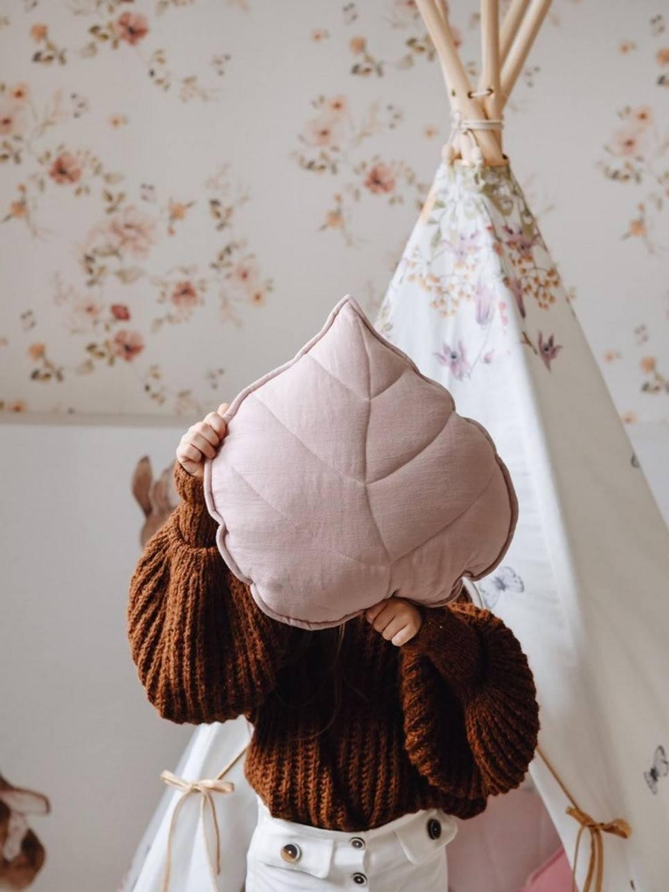 Powder Pink Linen Leaf Cushion