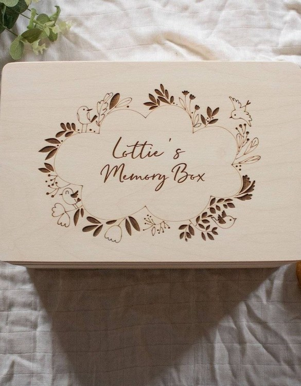 Perfect for storing precious memories, the Bird Wreath Personalised Baby Memory Box is a beautiful wooden box to use for keepsakes and for all the special memories made in your baby's first year.