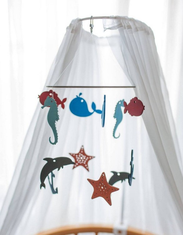 A perfect addition to any baby's room, the Nautical Wooden Baby Mobile enchants children's eyes and escorts them into the land of dreams. This enchanting neutral gender baby mobile is sure to delight any child and will make the cutest addition to a woodland themed nursery decor.