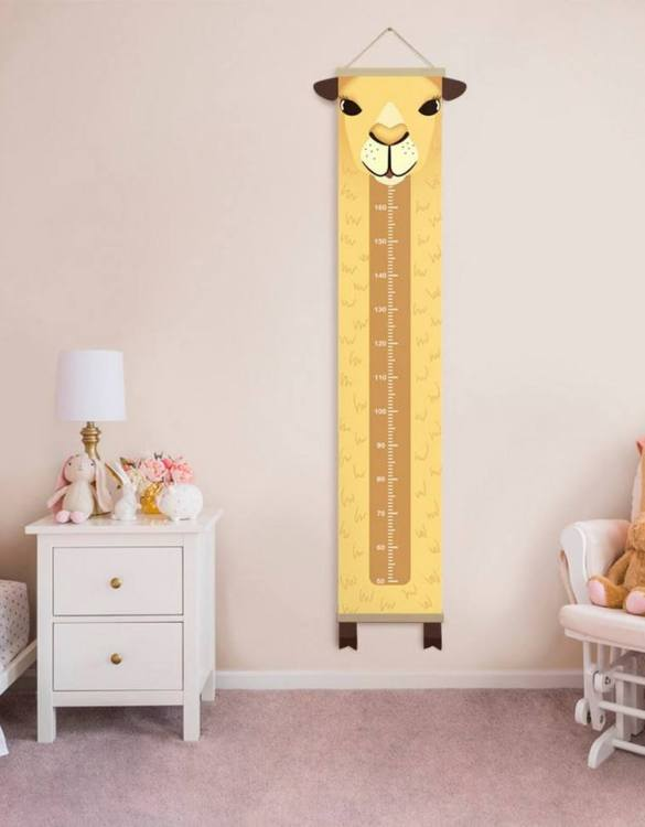 How high are your little creatures? Chart your child's growth development with the Personalised Camel Child Growth Chart. This personalised growth chart will look perfect in your children's bedroom, nursery or playroom.
