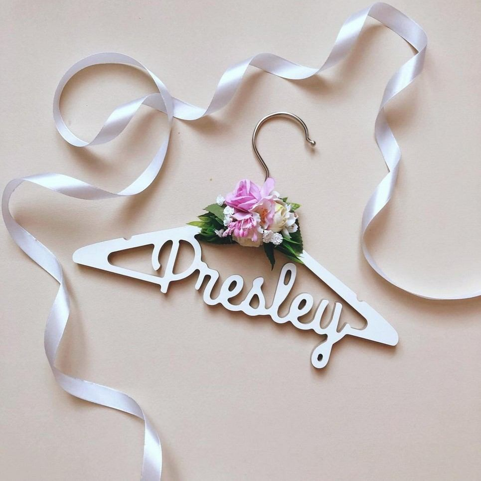Personalised Floral Baby Clothes Hanger – 1
