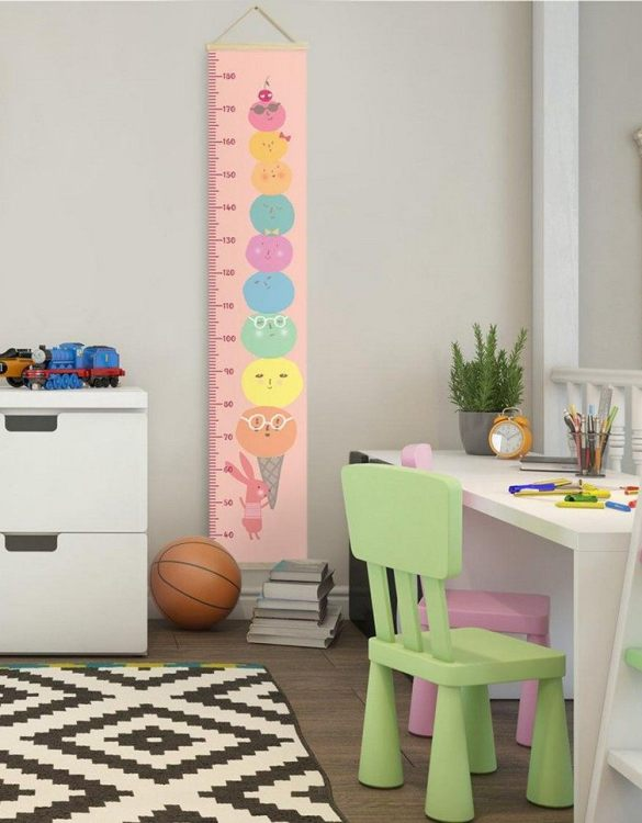 How high are your little creatures? Chart your child's growth development with the Personalised Ice Cream Child Growth Chart. This personalised growth chart will look perfect in your children's bedroom, nursery or playroom.