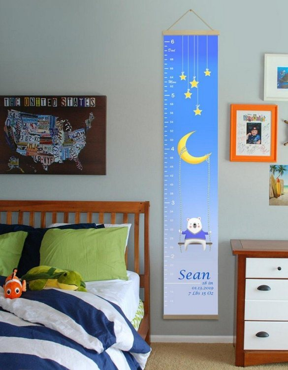 How high are your little creatures? Chart your child's growth development with the Personalised Moon and Stars Child Growth Chart. This personalised growth chart will look perfect in your children's bedroom, nursery or playroom.