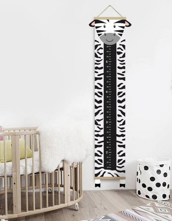 How high are your little creatures? Chart your child's growth development with the Personalised Zebra Child Growth Chart. This personalised growth chart will look perfect in your children's bedroom, nursery or playroom.