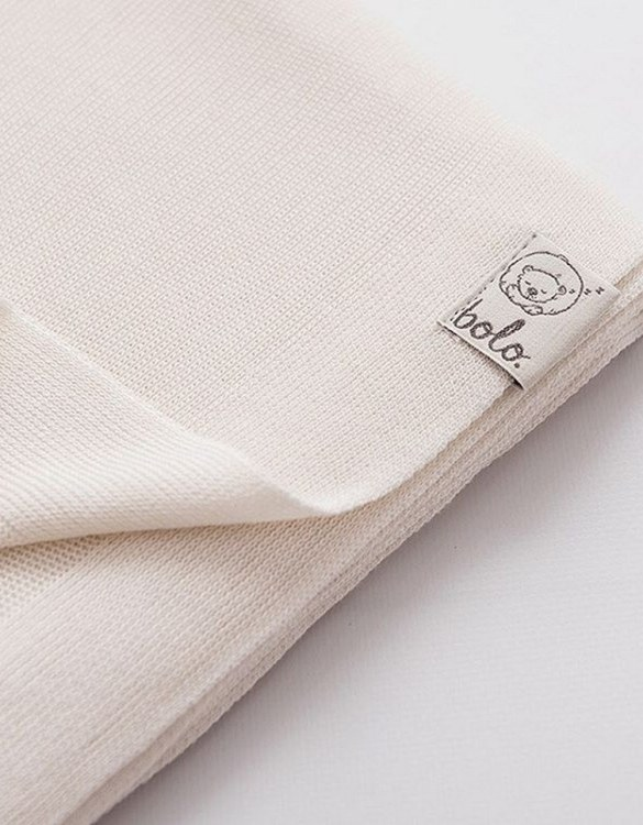 Chic and cozy, the Cream Light Baby Bamboo Blanket adds a playful touch that will catch your little one's attention. The super soft material of this hooded baby blanket, feels almost like felt and is perfect for wrapping a new bundle of joy up in and is the perfect way of welcoming a new baby home.