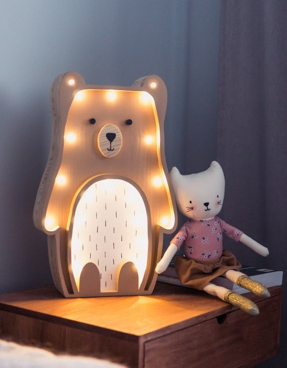 Light up your little one's room with the Wooden Teddy Bear Lamp, we think bedtime just got easier! The children's night light will help inspire your kids' love for the outdoors and dreams of big adventures and will help add a sense of calm to your little one's bedroom.