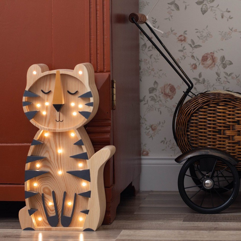 Wooden Tiger Lamp with Visible Wood