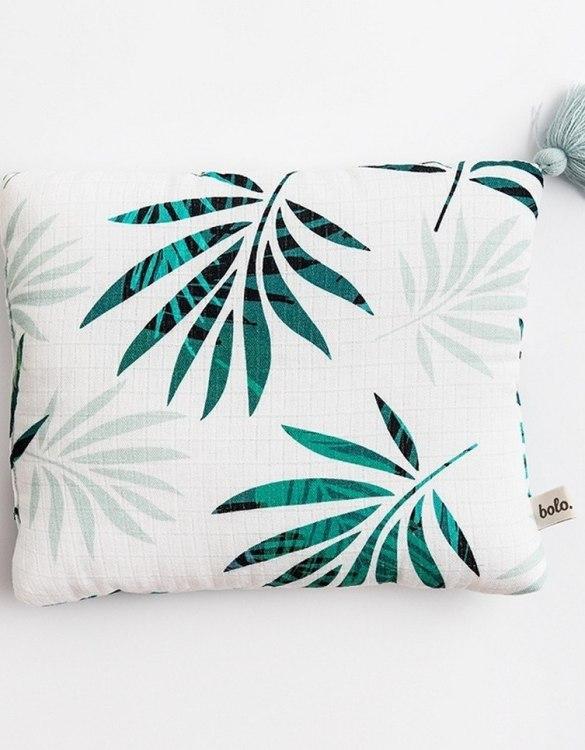 Perfect to suit your nursery theme, the Palm Trees Baby Muslin Pillow makes going to bed something special, an ideal way to conjure up sweet dreams. The perfect way to end the day this baby head pillow makes a great addition to any child's room and is a fun way to make sure that it feels special to them.