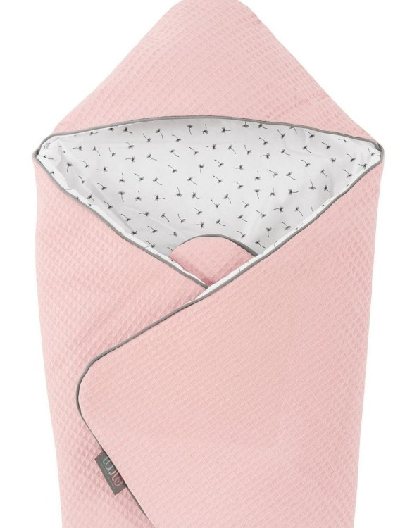 A delightful new-born baby or baby shower present, the Rosa Hooded Swaddle Blanket makes a truly unique gift. Babies love to be cuddled from birth as it reminds them of the womb- an environment they spent a lot of time in while they developed.