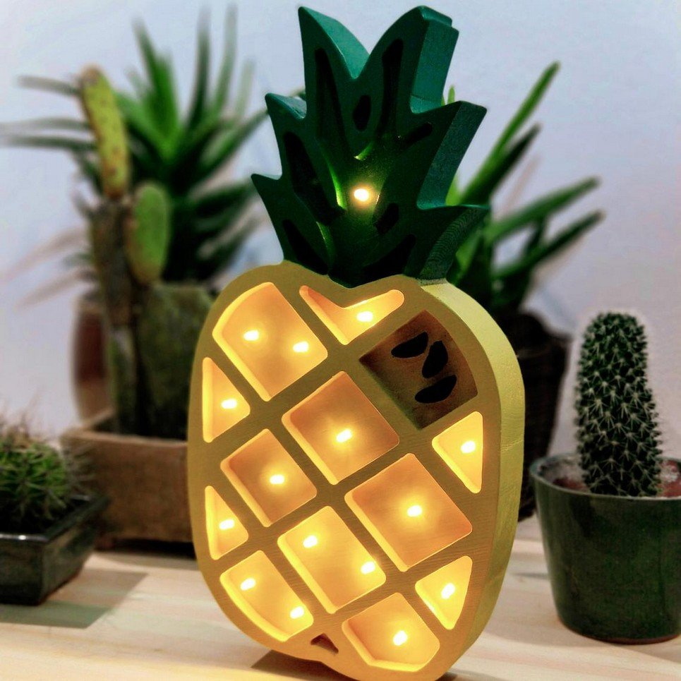 Wooden Pinnaple Lamp