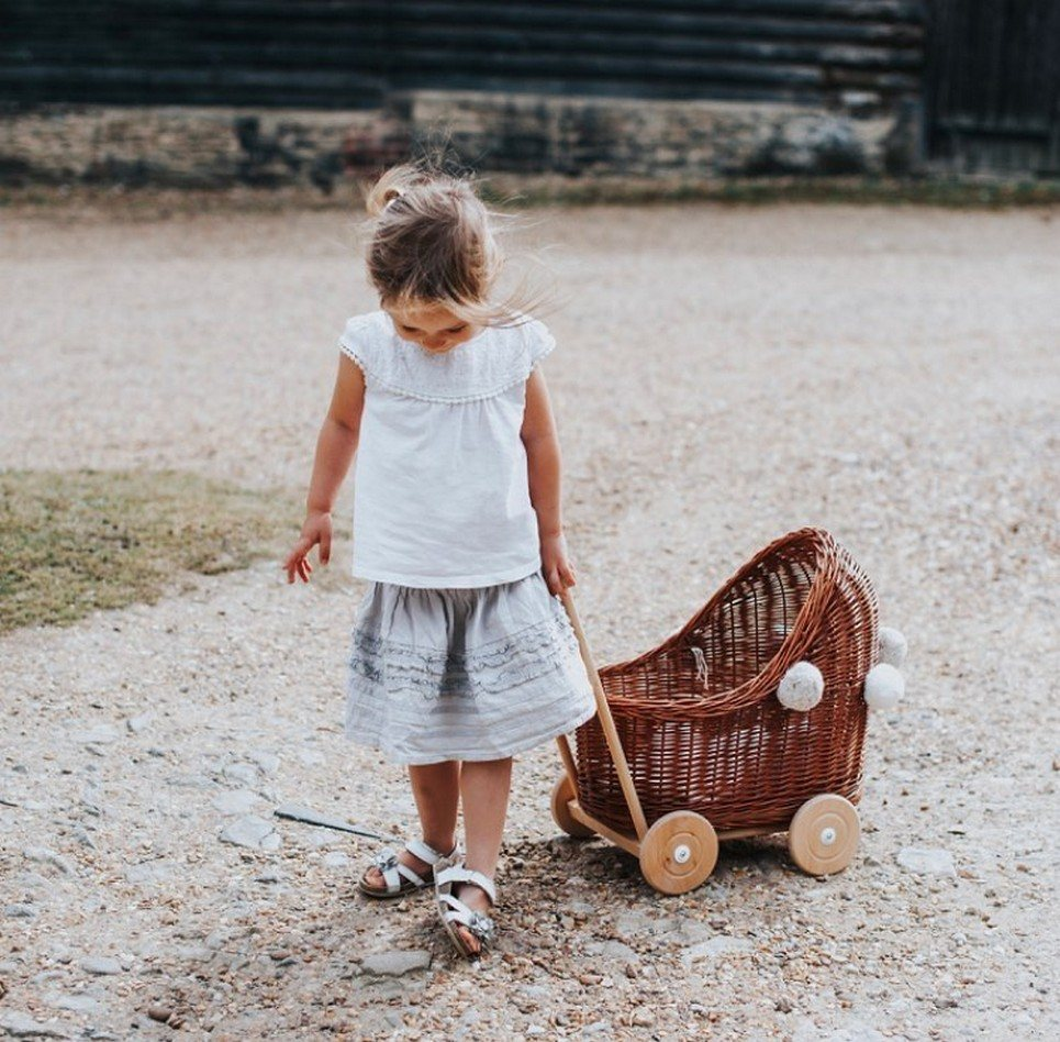 Natural Low Wicker Doll Pram