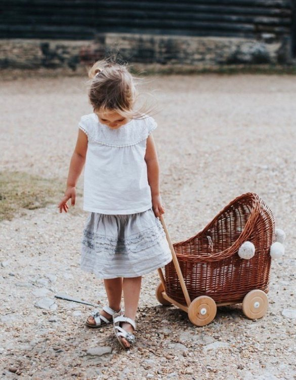 "Gorgeous wicker stroller for a doll, the Natural Low Wicker Doll Pram will be a favourite toy in no time. Such stroller is a great fun for every little ""mom"" and at the same time a 100% stylish, ecological and Polish toy."