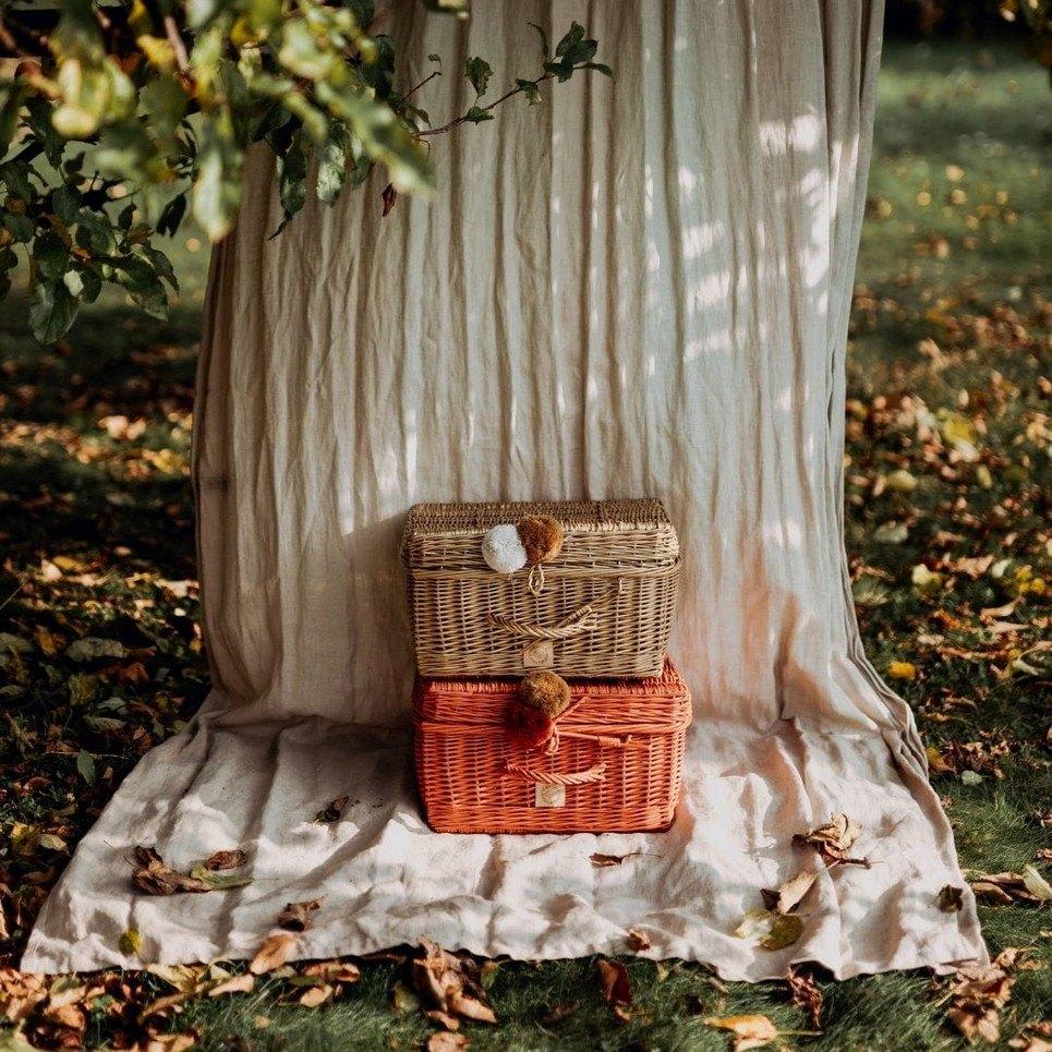 Rowanberry Wicker Suitcase – 1