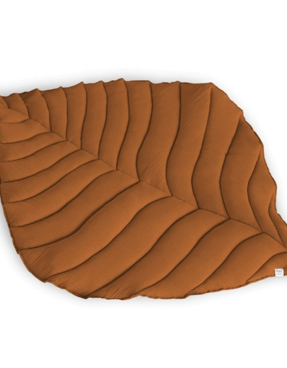 Beautifully soft, the Caramel Leaf Play Mat can be used for babies to lay on for tummy time or sensory play. A young mind is guaranteed to be amused for hours, exploring and discovering new senses and textures.