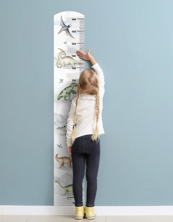 A real eye-catcher in every child's room, the Dinosaurs Child Growth Chart is the perfect way to follow your child's development and growth. Bright and colourful, this height chart wall sticker will look good in nurseries, bedrooms, or playrooms.
