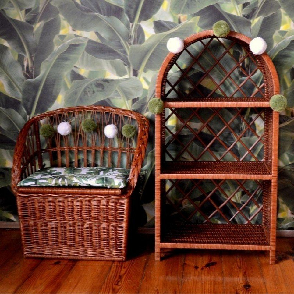 Natural Wicker Seat With Trunk