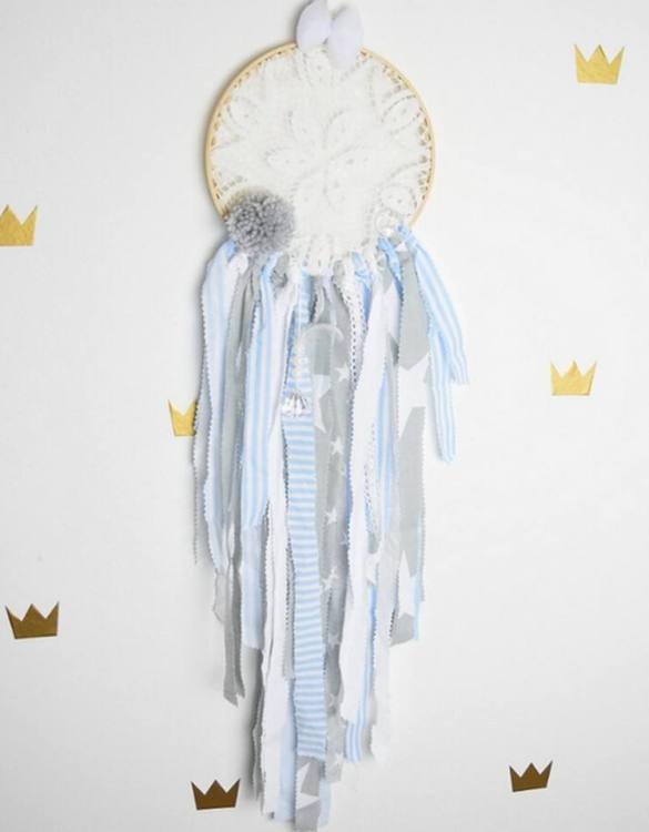 Giving a minimalist feel, the Blue Hero Dreamcatcher is the perfect accessory for a children's bedroom or toy room. A gorgeous, whimsical dreamcatcher to get rid of and dreams and bring in magical ones.