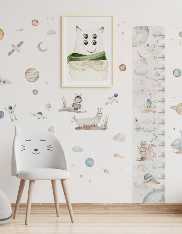 A beautiful scene for children's rooms and nurseries, the Cosmic Set Children's Wall Sticker is the perfect addition to any empty space (like walls or furniture). These wall stickers provide a flexible and cost-effective way to decorate your home.