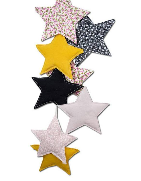 The ideal gift for a new baby or a Christening present, the Star Garland Honey makes a fab addition to a party or a little one's room. A gentle garland will decorate your nursery room and contribute to the development of the baby.