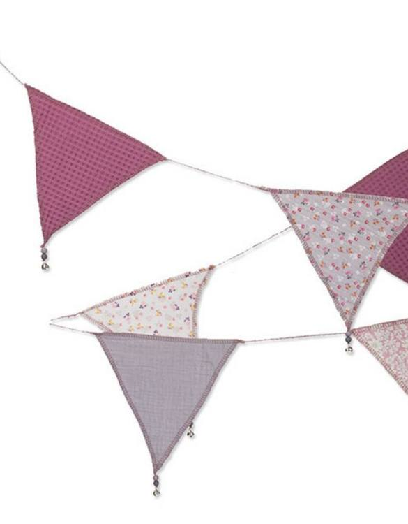The ideal gift for a new baby or a Christening present, the Triangle Bunting Blueberry Flowers makes a fab addition to a party or a little one's room. A gentle garland will decorate your nursery room and contribute to the development of the baby.