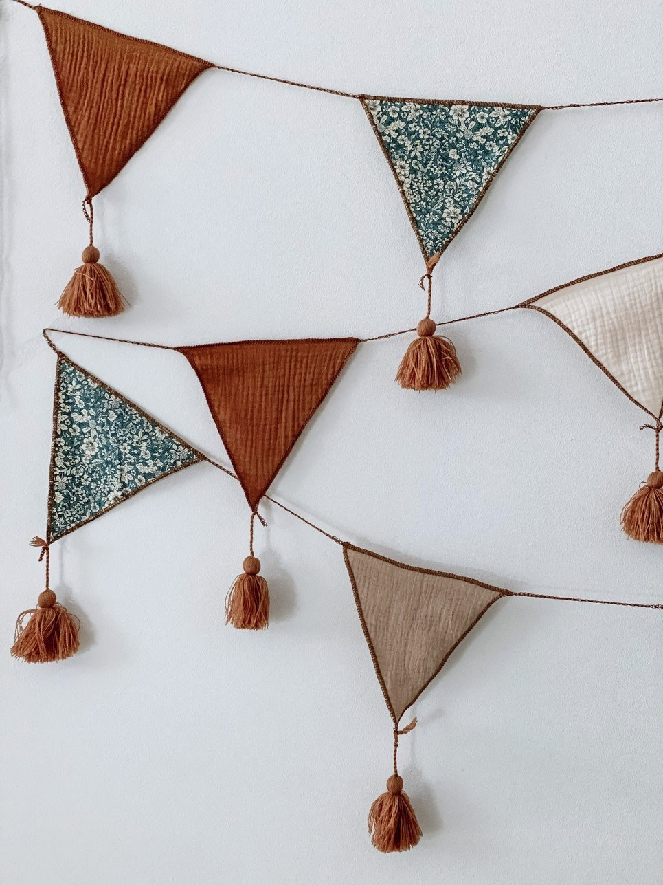Triangle Bunting Toffee