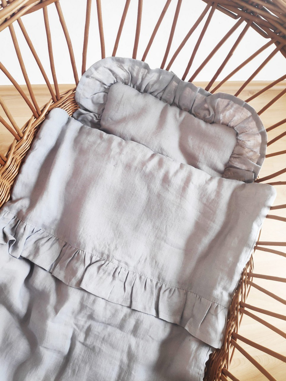 Grey Baby Pillow With Ruffle – 2